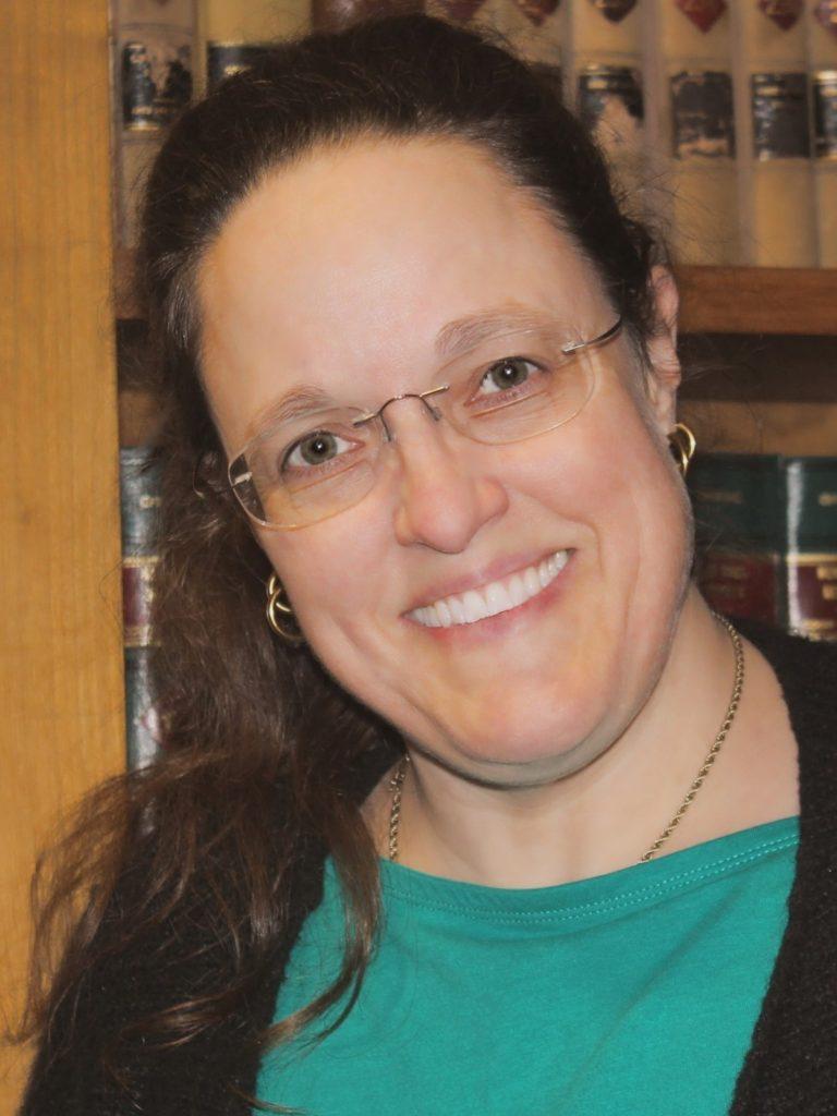 Kirsten Anderson headshot.